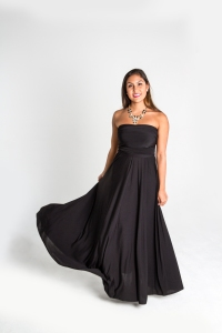 Turquesa, Vestido CINCO EN UNO, lycra negra, opción escote palabra de honor.