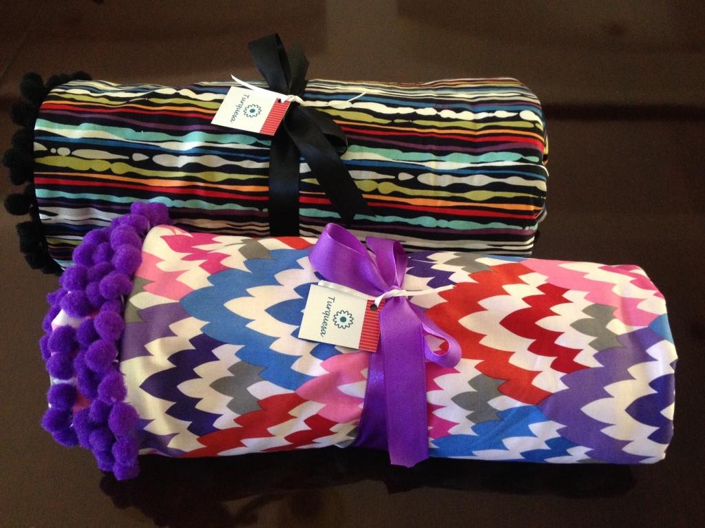 Mats para disfrutar al aire libre. Agodón y toalla. Número limitado. Diseño Irene Piedra Batalla, Turquesa slow-fashion.